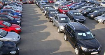 Jak kupić i sprzedać używany samochód w Polsce. Najważniejsze porady.