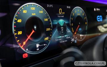 Spór patentowy Mercedes-Benz i Nokia.