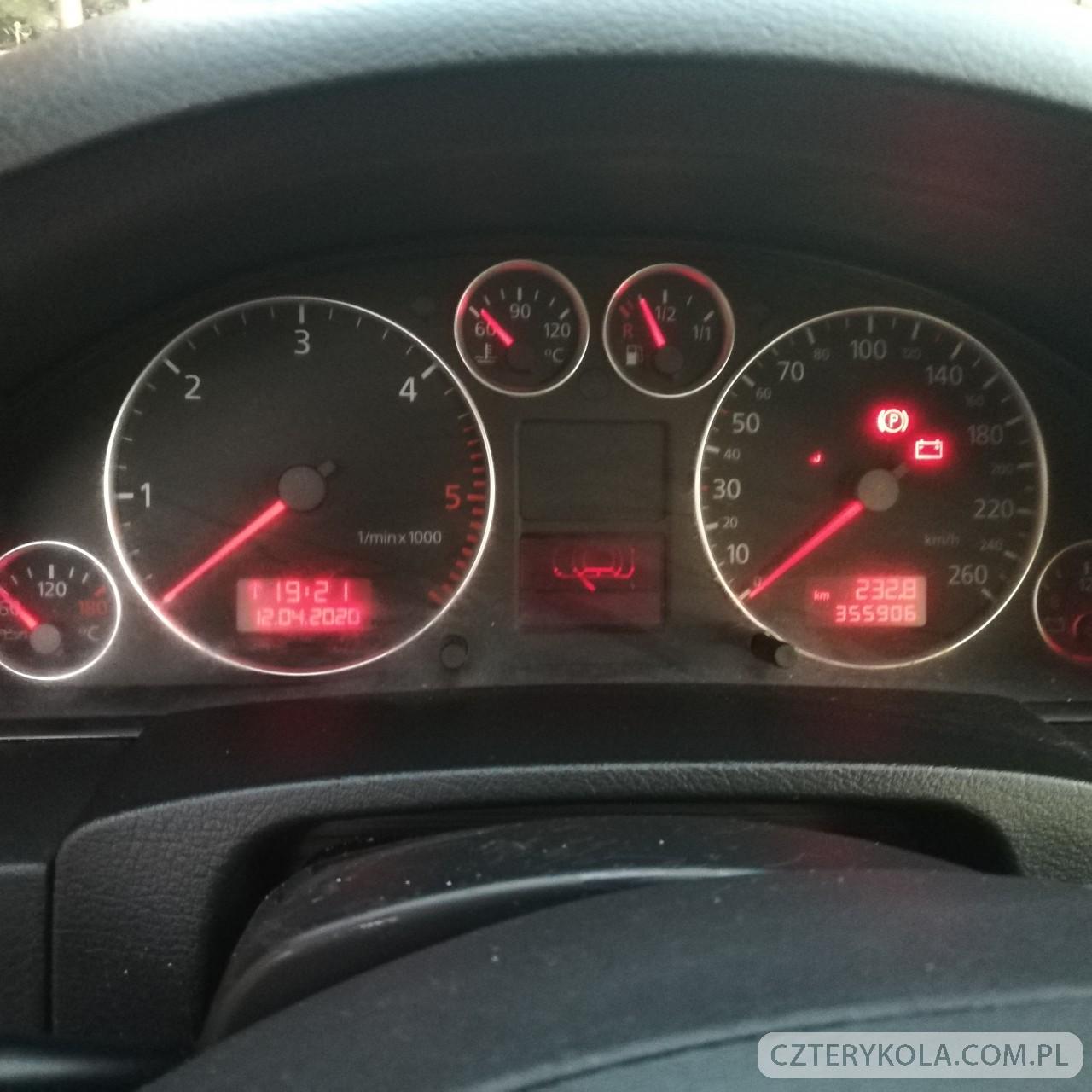 Audi-A6-2002