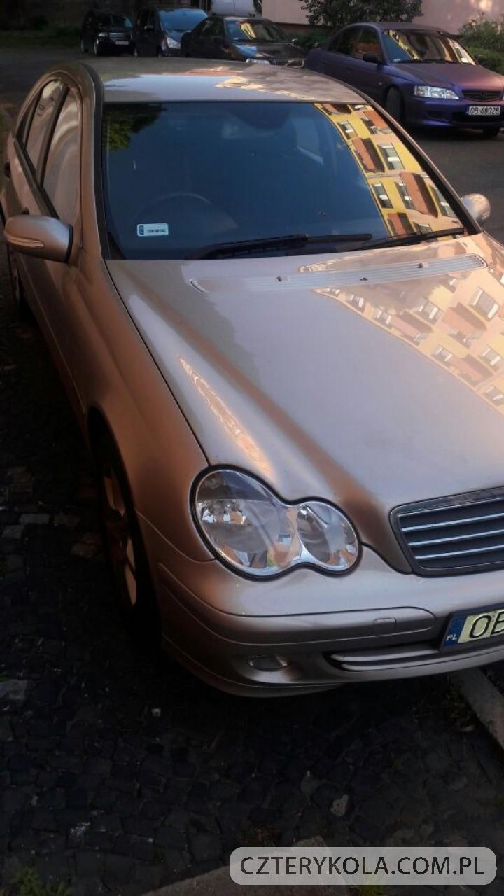MercedesBenz-KlasaC-2004