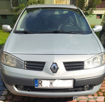 renault-megane-2004