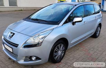 Peugeot-5008-2012